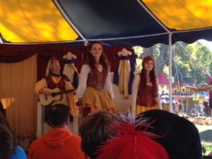 CARF Lissekeole dancers